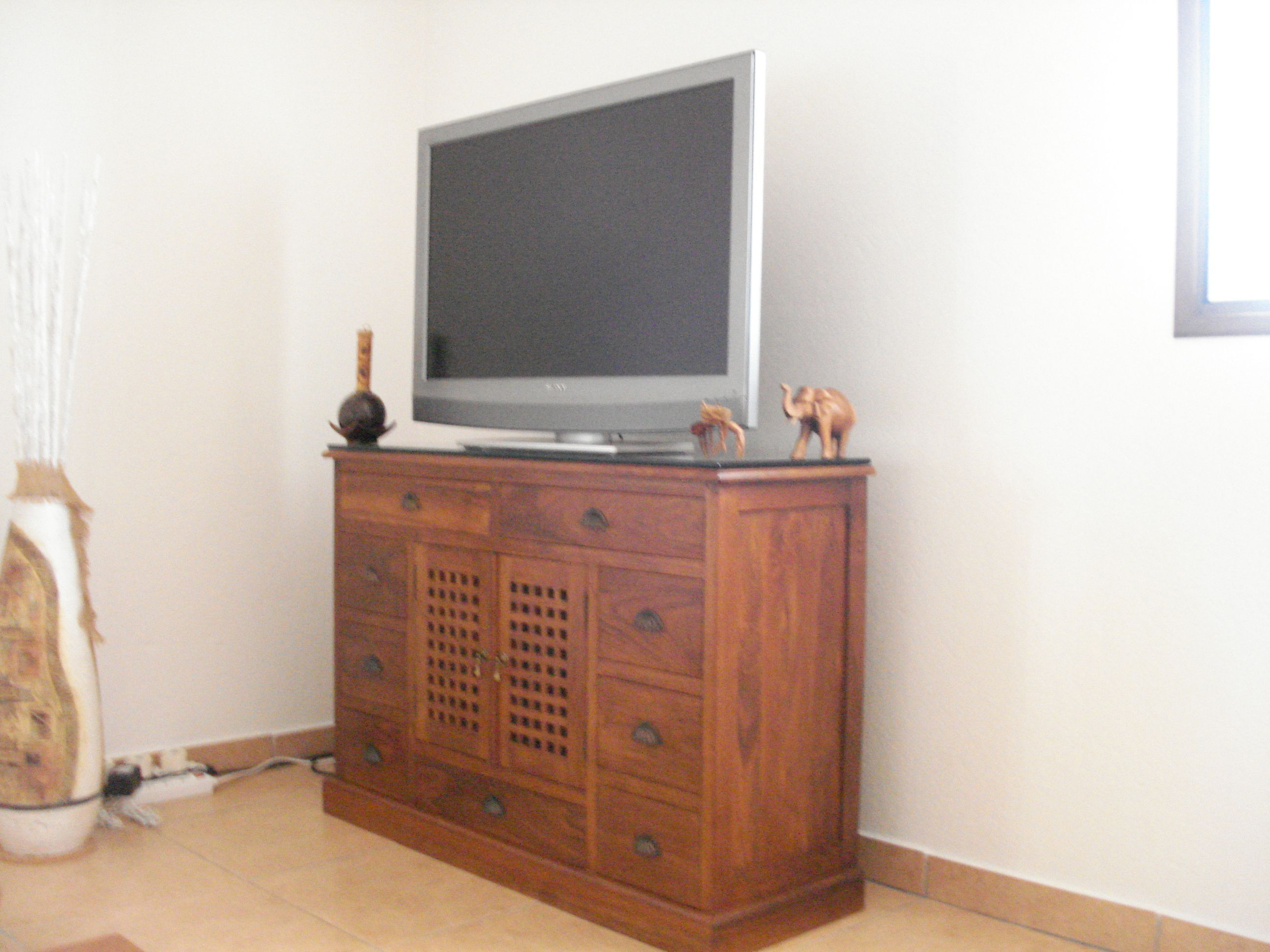 meuble vendre. Black Bedroom Furniture Sets. Home Design Ideas